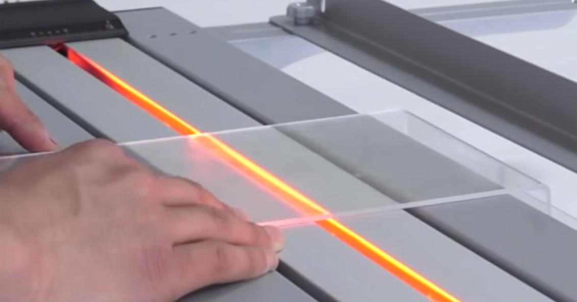 acrylic-line-bending