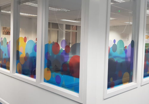 window-graphics-circles